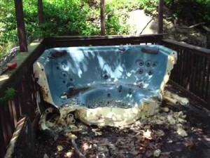 Hot tub removal Michigan